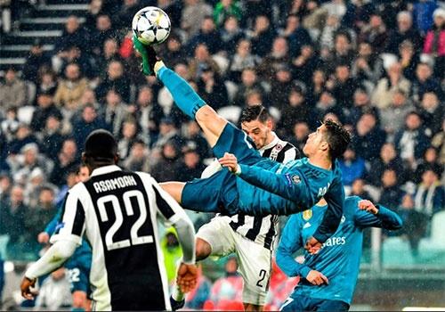 Ronaldo va pha 'nga ban den': Co nen qua am i? hinh anh