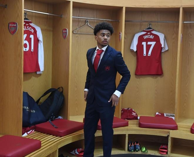 Arsenal 3-2 Southampton: 2 the do cuoi tran va man ruot duoi hap dan hinh anh 11