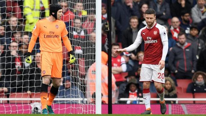 Arsenal 3-2 Southampton: 2 the do cuoi tran va man ruot duoi hap dan hinh anh 17