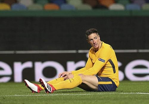 Atletico van vao ban ket Europa League du thua o luot ve hinh anh