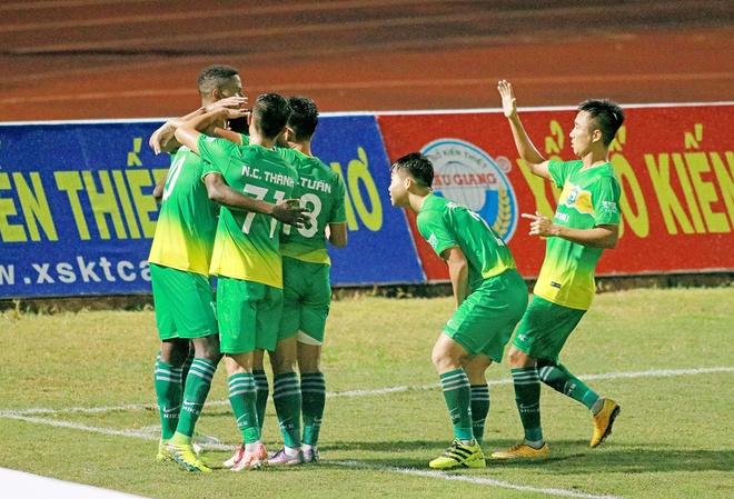 CLB Binh Duong 3-3 CLB Thanh Hoa: Con mua ban thang hinh anh 12