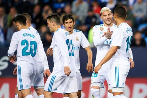 Isco toa sang, HLV Zidane co tran thang thu 100 cung Real hinh anh 8
