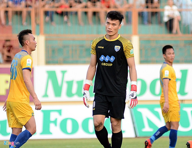 SLNA lien tiep nga vo kiem penalty, CLB Thanh Hoa hoa Can Tho 1-1 hinh anh 7