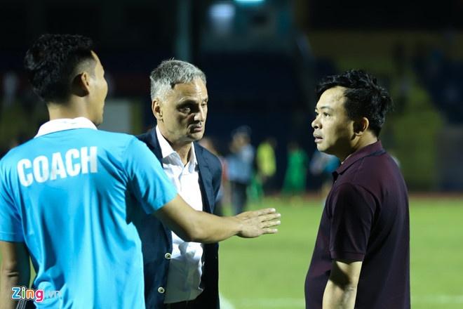 SLNA lien tiep nga vo kiem penalty, CLB Thanh Hoa hoa Can Tho 1-1 hinh anh 5