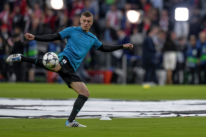 Bayern 1-2 Real: Thang nguoc nho sai lam cua doi thu hinh anh 22