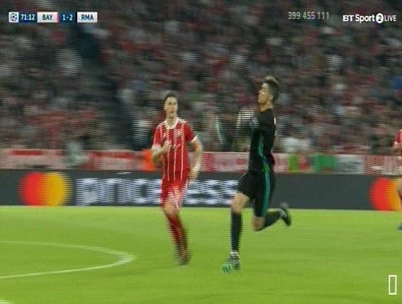 Bayern 1-2 Real: Thang nguoc nho sai lam cua doi thu hinh anh 38