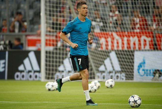 Bayern 1-2 Real: Thang nguoc nho sai lam cua doi thu hinh anh 17