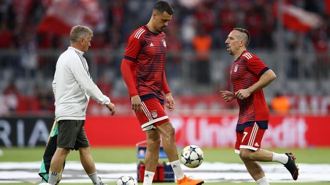 Bayern 1-2 Real: Thang nguoc nho sai lam cua doi thu hinh anh 19