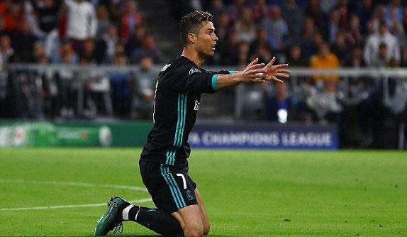 Khi Ronaldo hoa than thanh chien binh tham lang hinh anh 1