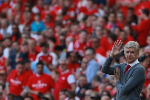 Arsenal 5-0 Burnley: Mua ban thang khi Wenger chia tay Emirates hinh anh 18