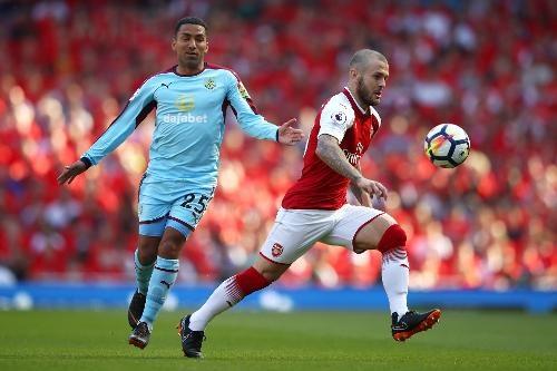 Arsenal 5-0 Burnley: Mua ban thang khi Wenger chia tay Emirates hinh anh 19