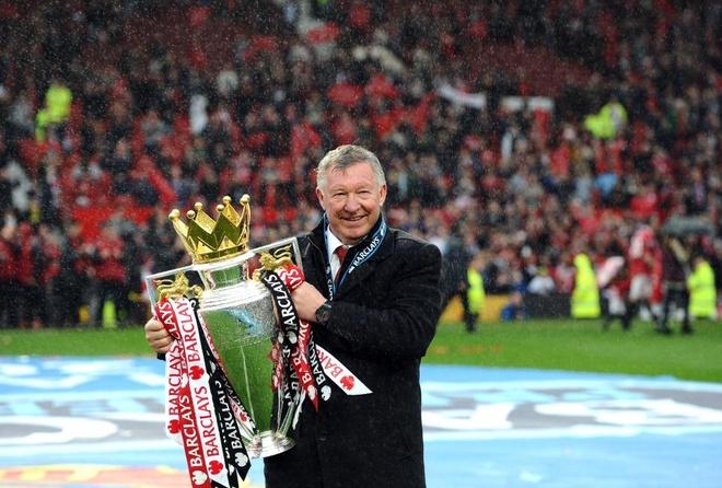Sir Alex Ferguson nhap vien khan cap do suc khoe suy kiet hinh anh 1