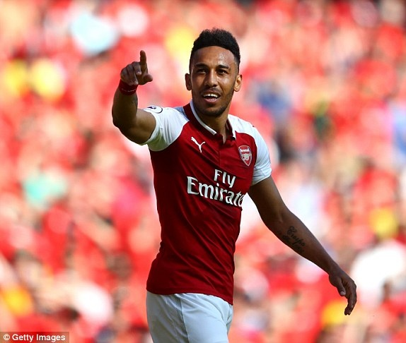 Arsenal 5-0 Burnley: Mua ban thang khi Wenger chia tay Emirates hinh anh 23