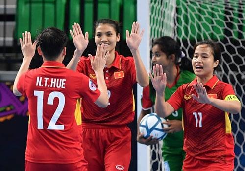 Da bai Indonesia, tuyen nu futsal VN lan dau vao ban ket chau A hinh anh