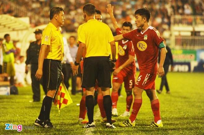 HAGL 2-2 CLB Ha Noi: Cong Phuong, Quang Hai ghi ban hinh anh 15