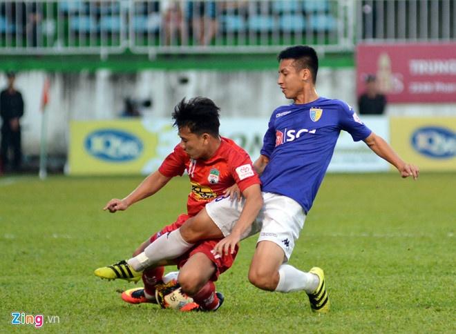 HAGL 2-2 CLB Ha Noi: Cong Phuong, Quang Hai ghi ban hinh anh 5