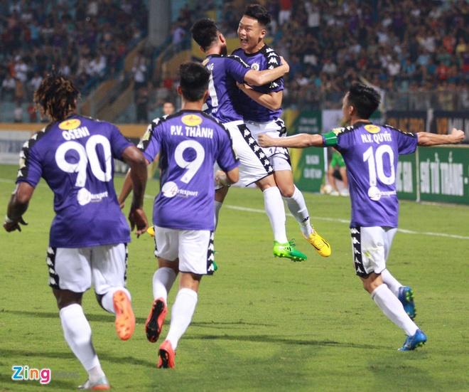 CLB Ha Noi 1-1 HAGL: Kich tinh va hap dan tren san Hang Day hinh anh 27