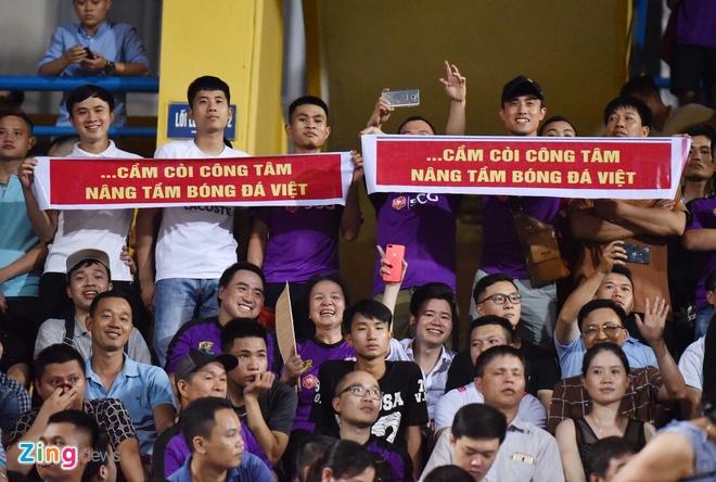 CLB Ha Noi 1-1 HAGL: Kich tinh va hap dan tren san Hang Day hinh anh 13