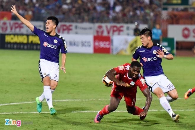 CLB Ha Noi 1-1 HAGL: Kich tinh va hap dan tren san Hang Day hinh anh 18
