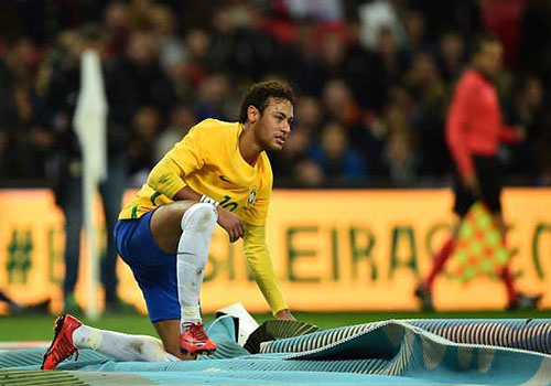 Neymar: 'Cup vang the gioi 2018 phai la cua toi' hinh anh