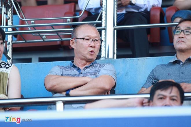 CDV Ha Noi an mung khi doi nha tiep tuc bat bai o V.League 2018 hinh anh 22