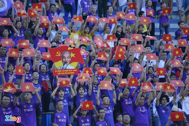 CDV Ha Noi an mung khi doi nha tiep tuc bat bai o V.League 2018 hinh anh 31
