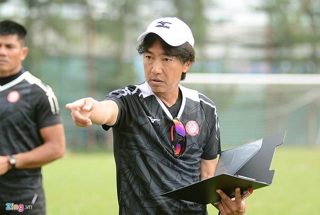 CDV Ha Noi an mung khi doi nha tiep tuc bat bai o V.League 2018 hinh anh 5