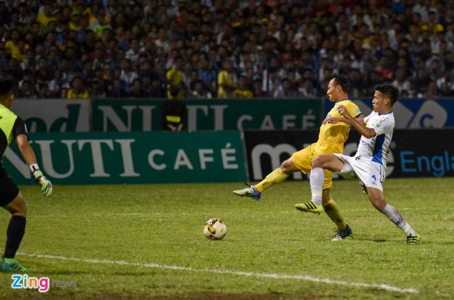 CLB Hai Phong vs CLB Quang Ninh anh 29
