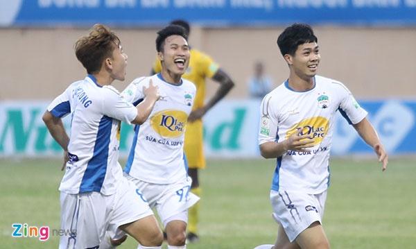 CLB Hai Phong vs CLB Quang Ninh anh 1