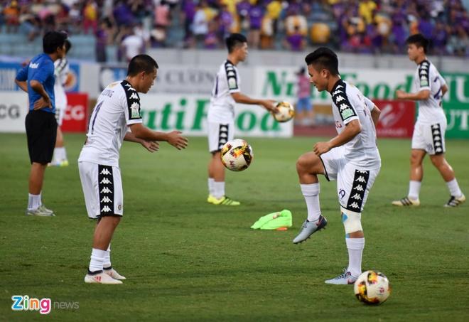 CLB Ha Noi 4-0 CLB Khanh Hoa: Quang Hai da phat dep mat hinh anh 14