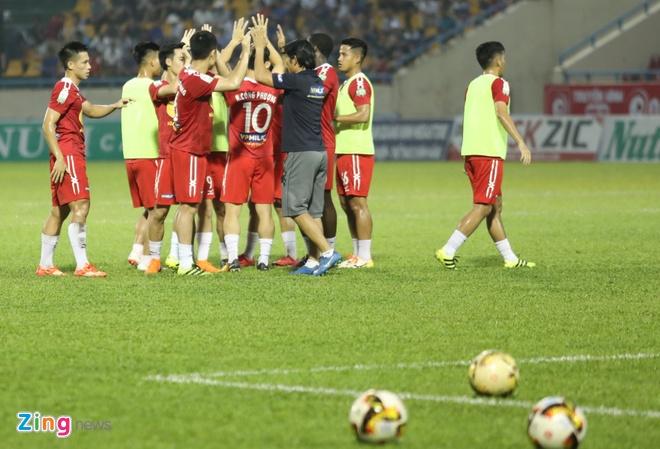 HAGL thua CLB Quang Ninh 0-3, CLB Ha Noi thang Quang Nam 1-0 hinh anh 14