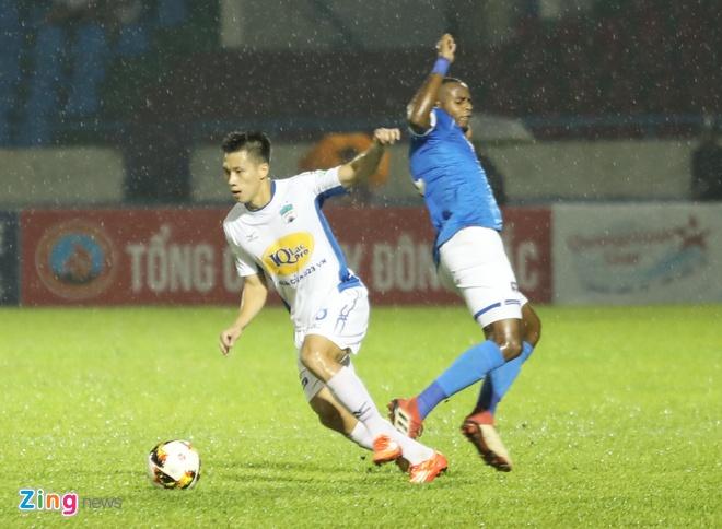 HAGL thua CLB Quang Ninh 0-3, CLB Ha Noi thang Quang Nam 1-0 hinh anh 17