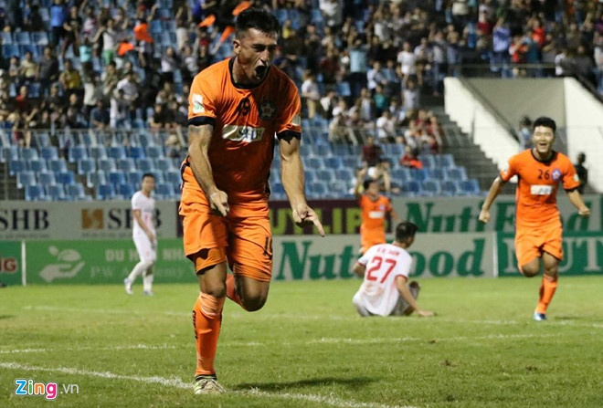 HAGL thua CLB Quang Ninh 0-3, CLB Ha Noi thang Quang Nam 1-0 hinh anh 9