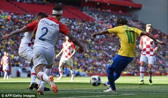 DT Ao 0-3 Brazil: Neymar 'xau kim' ghi ban dep mat hinh anh 3