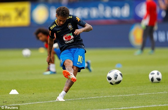 DT Ao 0-3 Brazil: Neymar 'xau kim' ghi ban dep mat hinh anh 14