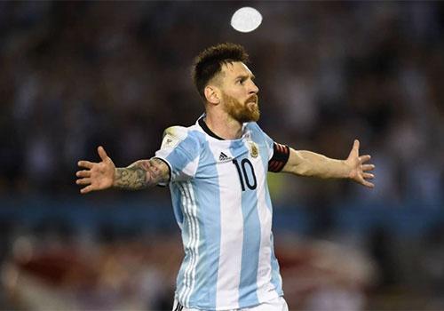 Messi that bai o Argentina vi tu mua day buoc minh? hinh anh