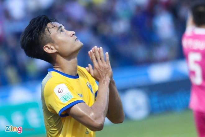 CLB Ha Noi thang doi Quang Ninh 4-1, HAGL thua nguoc CLB Quang Nam 2-3 hinh anh 4