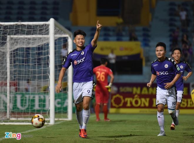CLB Ha Noi thang doi Quang Ninh 4-1, HAGL thua nguoc CLB Quang Nam 2-3 hinh anh 12
