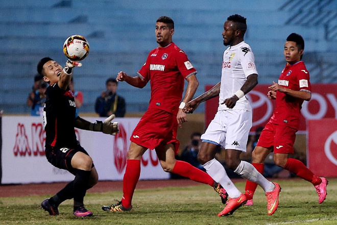 CLB Ha Noi thang doi Quang Ninh 4-1, HAGL thua nguoc CLB Quang Nam 2-3 hinh anh 13