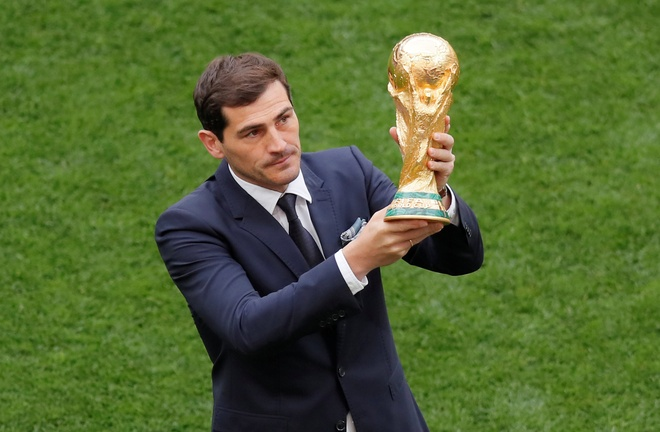 Le khai mac World Cup: Casillas ruoc cup vang, Ro 'beo' cuoi rang ro hinh anh 33
