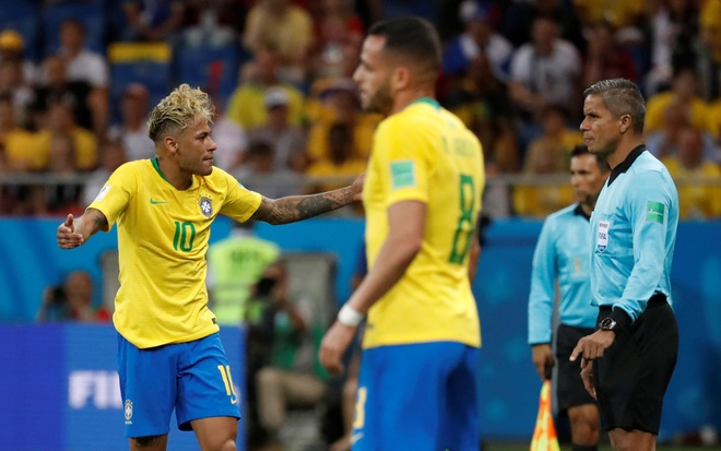 World Cup ngay 20/6: 'Neu la Neymar, Pogba se khong bi tuoc ban thang' hinh anh 110