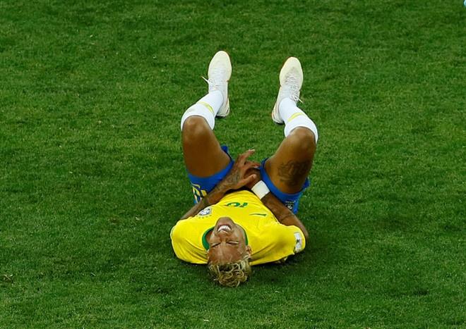 World Cup ngay 20/6: 'Neu la Neymar, Pogba se khong bi tuoc ban thang' hinh anh 111