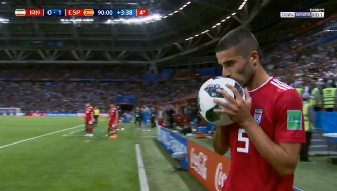 World Cup ngay 20/6: 'Neu la Neymar, Pogba se khong bi tuoc ban thang' hinh anh 57