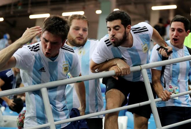 World Cup ngay 20/6: 'Neu la Neymar, Pogba se khong bi tuoc ban thang' hinh anh 38