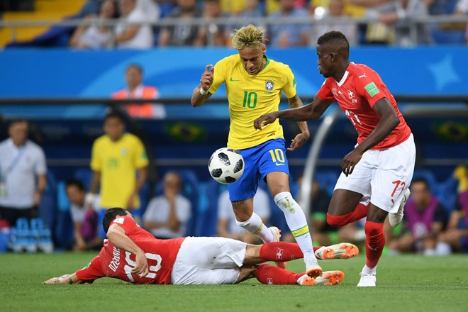 World Cup ngay 20/6: 'Neu la Neymar, Pogba se khong bi tuoc ban thang' hinh anh 35