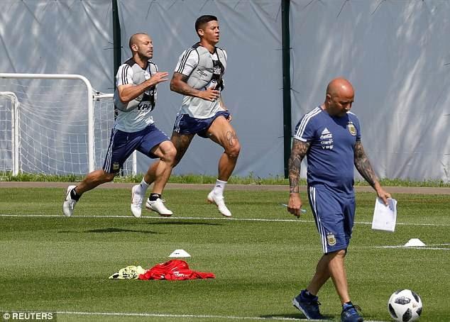 World Cup ngay 26/6: Reus len tieng bao ve Oezil hinh anh 6
