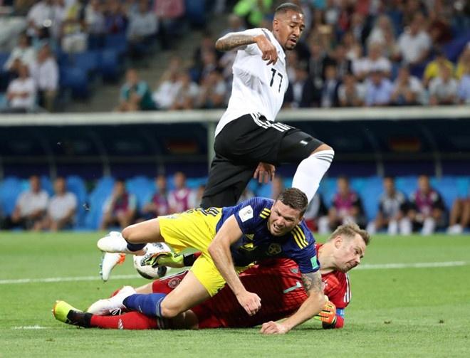 World Cup ngay 2/7: HLV Brazil 'doa' Mexico truoc dai chien hinh anh 203
