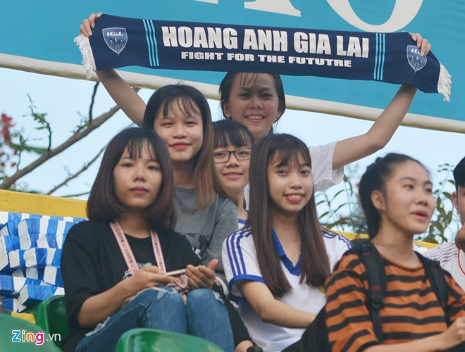 HAGL vs CLB Quang Ninh (4-0): Cong Phuong da phat, Van Toan ghi cu dup hinh anh 13