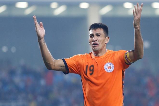 HAGL vs CLB Quang Ninh (4-0): Cong Phuong da phat, Van Toan ghi cu dup hinh anh 5