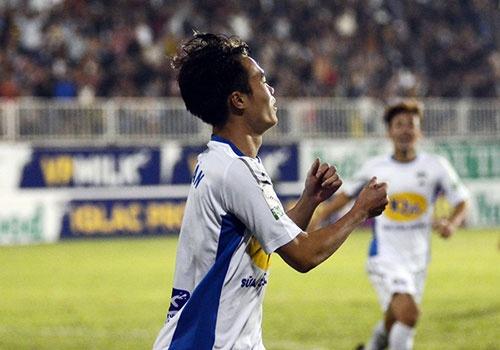 HAGL vs CLB Quang Ninh (4-0): Cong Phuong da phat, Van Toan ghi cu dup hinh anh 14